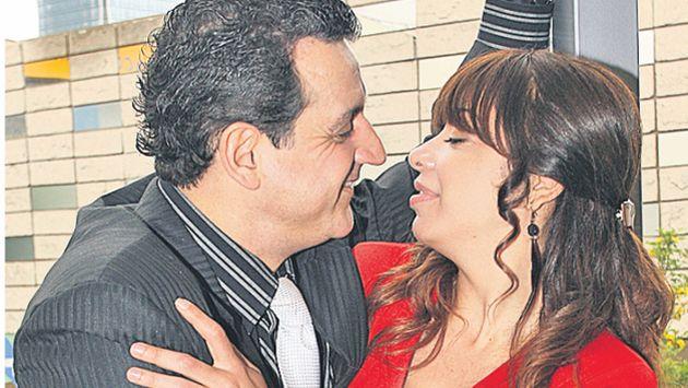 El beso de 'Nachito' y 'Reyna'  elevó el ráting de la serie. (USI)