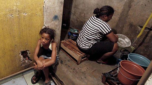 El analfabetismo va de la mano con la pobreza y la desiguladad, según la Unesco. (elpais.com)