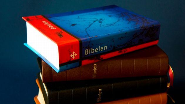 En la última traducción de las sagradas escrituras participaron famosos escritores. (Bibel)