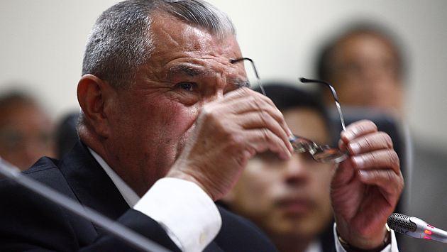 Sus colegas ya exigen la salida de Vidal. (Alberto Orbegoso)