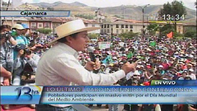 Santos encabezó mitin en plaza de armas. (Canal N)