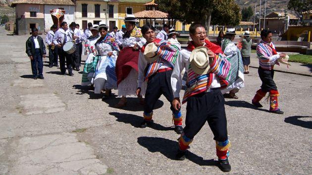 Comparsa de la Danza de la Jija de Huaripampa. (Flickr)