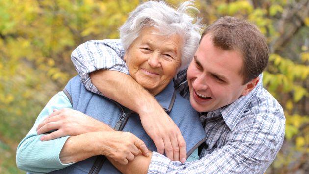 фото сын хочет старую женщину голую