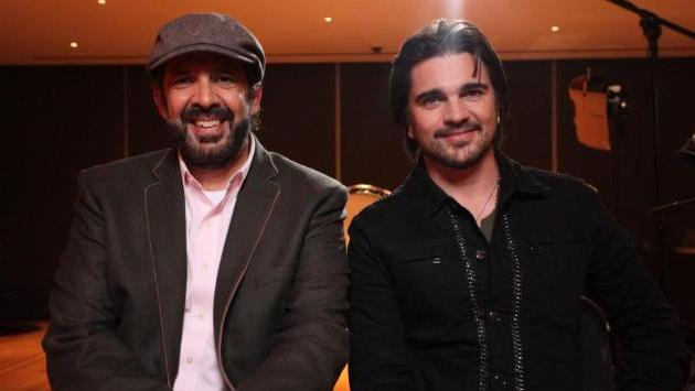 Los favoritos Juan Luis Guerra y Juanes antes del show. (lainformacion.com)