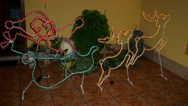 Casas se lucen en navidad impresa peru21 - Renos de navidad con luces ...