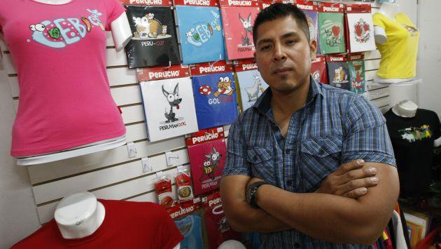 S/.300 fue el capital inicial de Víctor Avalos para comprar saldos en Gamarra. (Luis Gonzales)