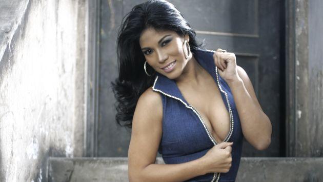 Aida martinez se desnuda por la seleccioacuten peruana - 1 3