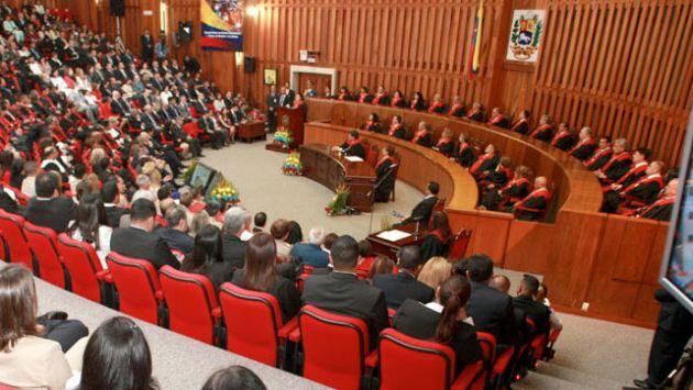 ¿INTERPRETACIÓN LEGÍTIMA? Como era de esperarse, el TSJ le dio la razón al 'chavismo' y sigue la incertidumbre. (Internet)