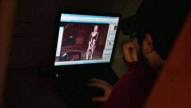 gay physicalexamination limeñas putas