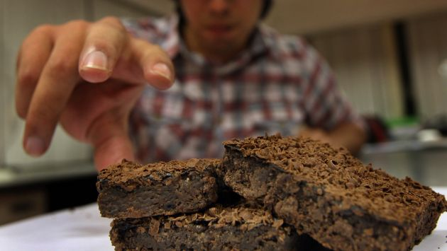 Encuentran niños de colegios de cali vendiendo Brownies
