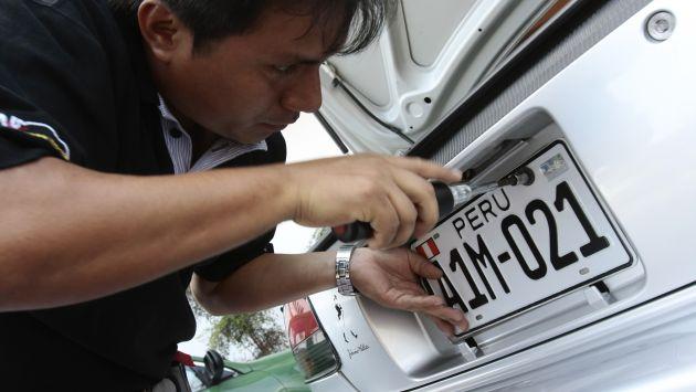 ARRANCA. El cambio de placa se inicia en agosto de este año y culmina en mayo del 2014. (USI)