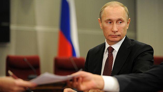 Vladimir Putin tiene que jugar bien sus cartas. (AFP)