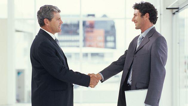 Escucha a tu cliente y gánate su confianza. (Internet)