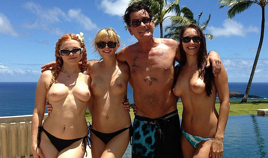 Charlie Sheen Vacaciones Topless Porno Hawaii Actrices