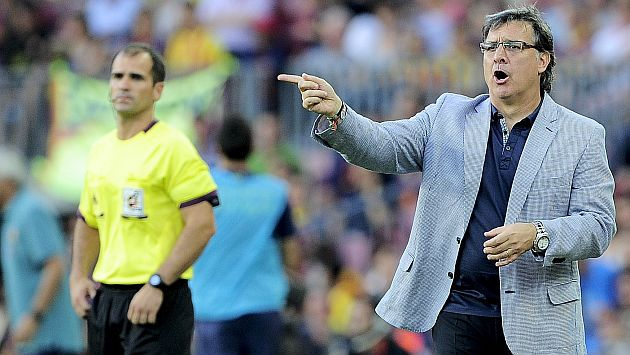 El 'Tata' Martino debutó con pie derecho con el Barcelona en la liga española. (AFP)