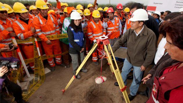 OBRAS AL TARJETAZO. Presidente Humala inauguró una obra que ahora es codiciada por su entorno familiar y político. (USI)