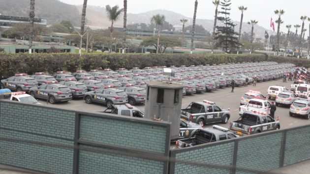 EN EL ALMACÉN. Las cien modernas unidades se llenan de polvo. (César Fajardo)