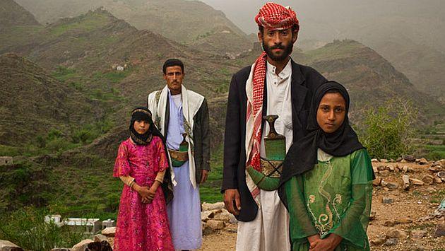 Foto ganadora del World Press Photo 2011 retrata a niñas con sus esposos.(National Geographic)