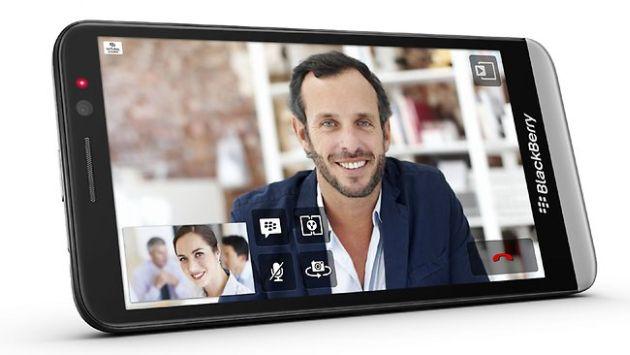 El Z30 de BlackBerry reemplaza al Z10. (Internet)