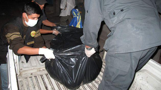 El cadáver de las autoridades fue trasladado por las autoridades. (USI/Referencial)