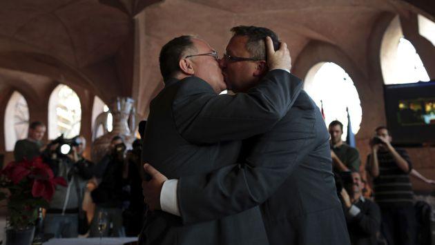 Matrimonio civil homosexual en el peru
