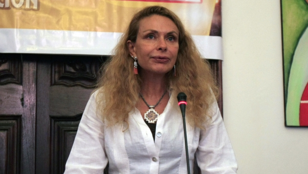 Eliane Karp evalúa su estrategia legal. (Martín Pauca)