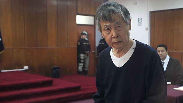 Fujimori lució demacrado al ingresar a la sala. (Mario Zapata/Canal N)