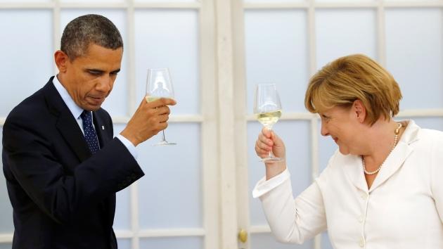 Trago amargo. Obama asegura que no tenía información del presunto espionaje a Merkel. (AFP)