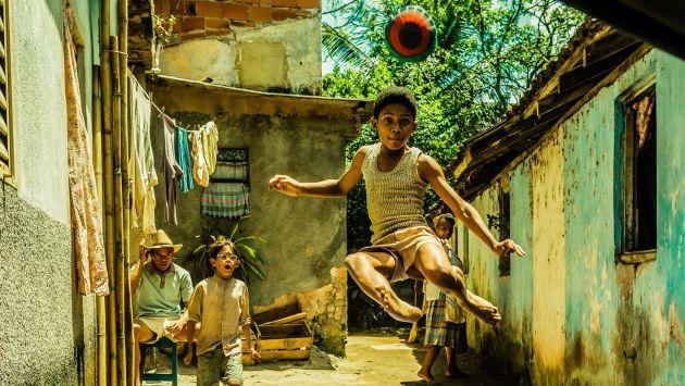 Film busca recrear la vida del 'Rey del fútbol'. (EFE)