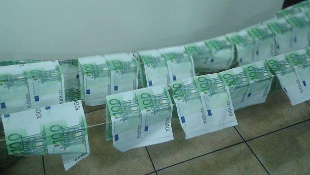 Parte de lo incautado a los Falsificadores de billetes. (Sofía Pichihua)