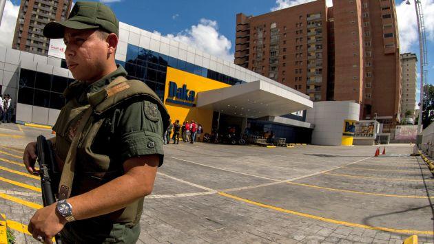 En la cadena Daka comenzó la ofensiva económica de Nicolás Maduro. (EFE)