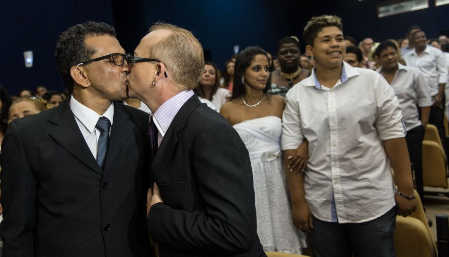 Matrimonio Simbolico En Brasil : Brasil boda masiva gay en río de janeiro fotos foto