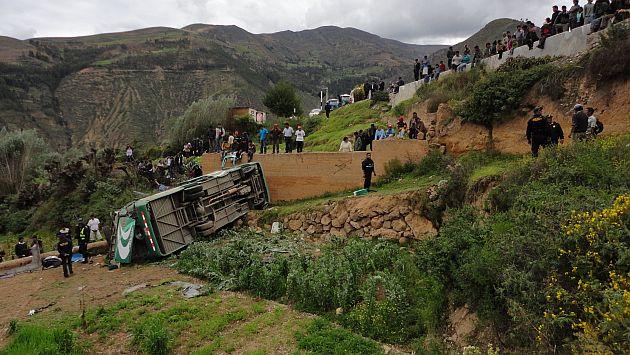 Caída de bus escolar al abismo dejó 4 muertos y al menos 15 heridos. (USI/Referencial)