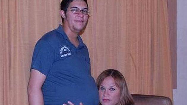 Alexis Taboada y Karen Bruselario esperando a su hija Génesis. (Internet)