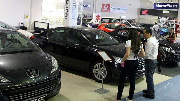 Venta de autos al crédito no creció tanto como el año pasado. (Heiner Aparicio)