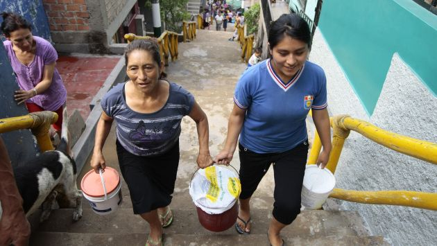 Los pobres son los más perjudicados con esta decisión de Sedapal. (Perú21)