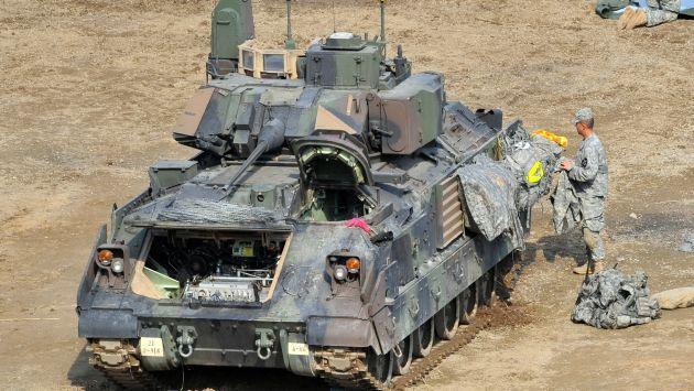 Estados Unidos envía más blindados a Corea del Sur. (AFP)