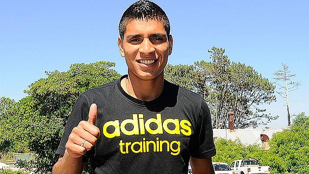 Paolo Hurtado dice que le emociona jugar la Copa Libertadores con Peñarol. (Facebook de Peñarol)