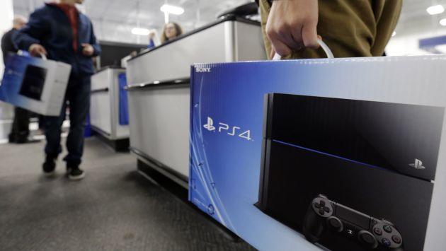 La PlayStation 4 superó en ventas a la Xbox One tras lanzamiento. (AP)