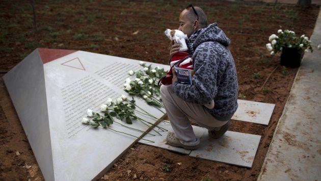 Monumento que recuerda a los gays víctimas de los nazis está ubicado en Tel Aviv. (AP)