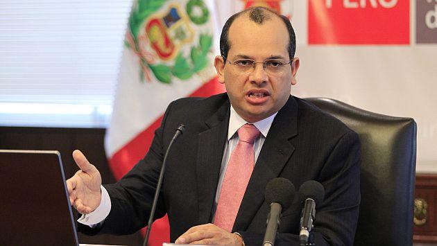 Luis Castilla descarta que el gobierno aplique intervencionismo. (Reuters)