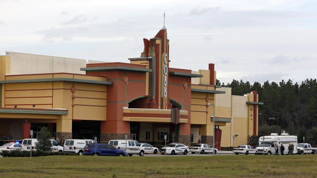 Hombre fue asesinado por usar su celular en el cine en EEUU. (Reuters)