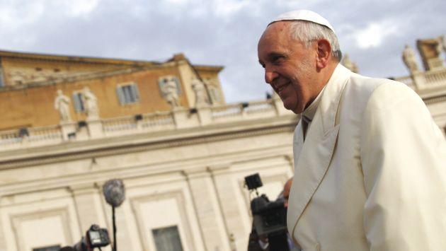 Papa Francisco sustituye a la comisión que supervisaba el Banco Vaticano. (Reuters)