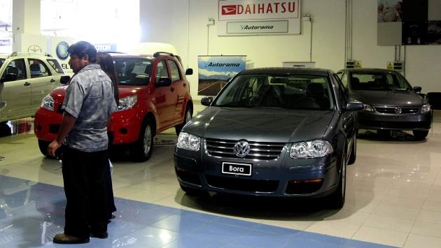 Créditos vehiculares crecerán 30% en provincias.  (Heiner Aparicio)