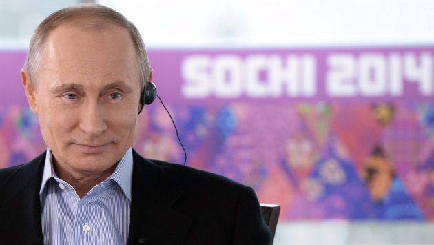 Vladimir Putin da la bienvenida a homosexuales. (AFP)