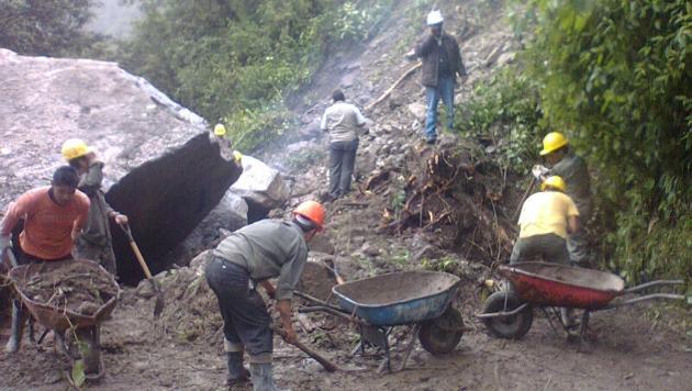 Cerro se derrumba en Huancavelica. (USI/Referencial)