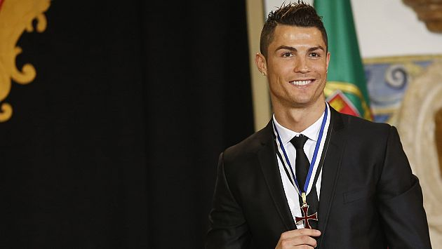 """Cristiano Ronaldo se disculpó por decir que lo envidian por """"rico y guapo"""". (Reuters)"""