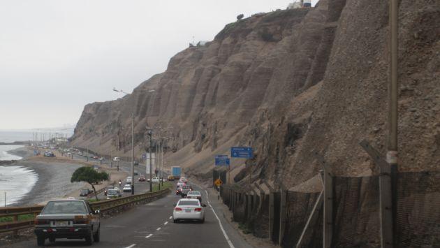 Costa Verde es escenario de varios accidentes por caída de piedras. (Perú21)