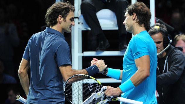 Rafael Nadal y Roger Federer se medirán en semifinales. (AFP)