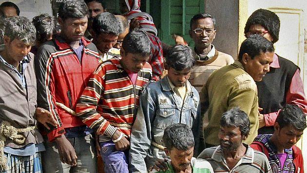 India: Trece hombres fueron detenidos por violación en grupo. (AP)